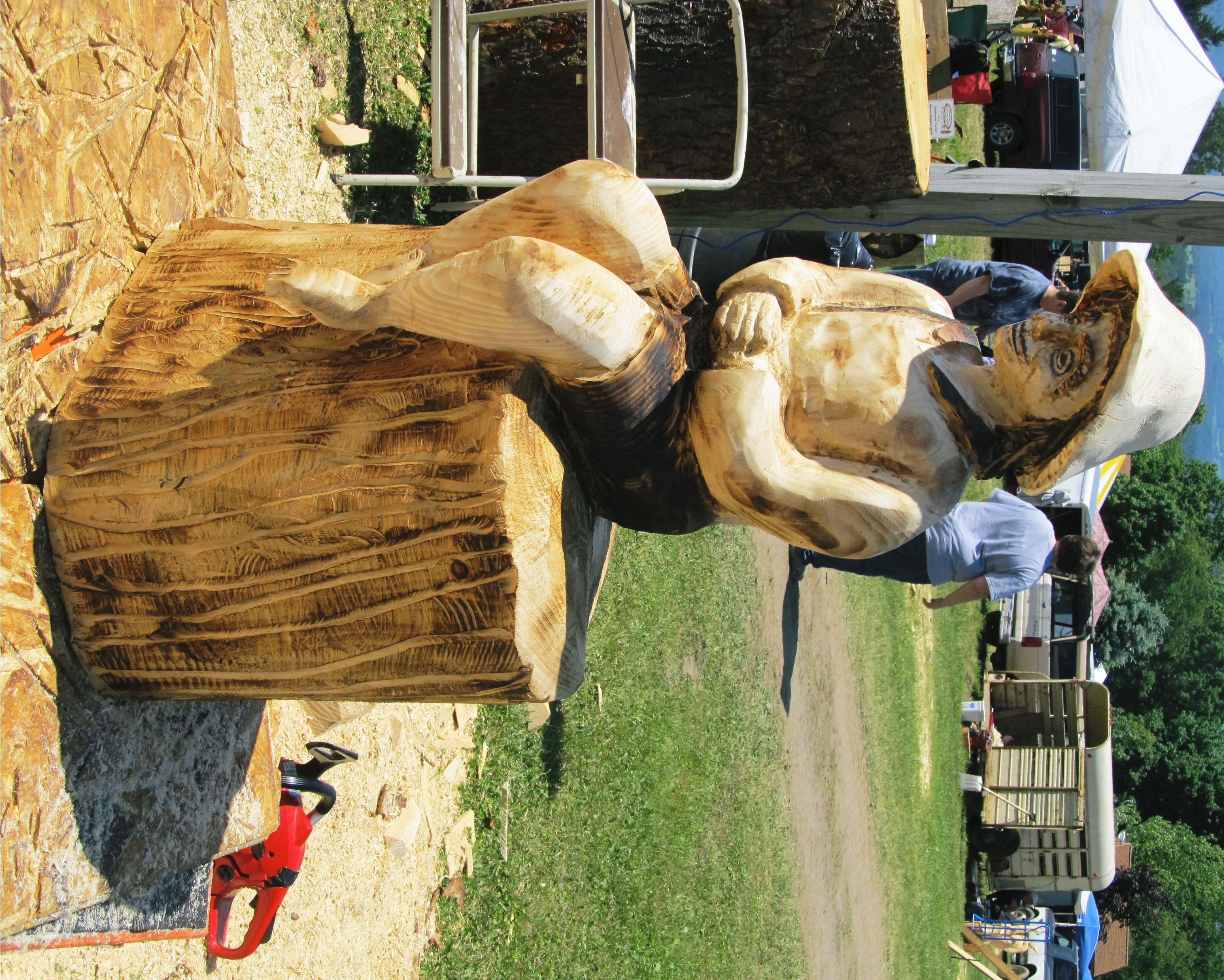 National road chainsaw carving festival rob peterson